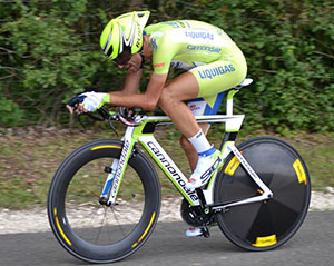 Tour de France Winner Gains Edge With Acupuncture